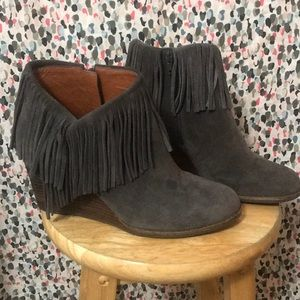 Lucky Brand Yachin Fringe Wedge Suede Booties